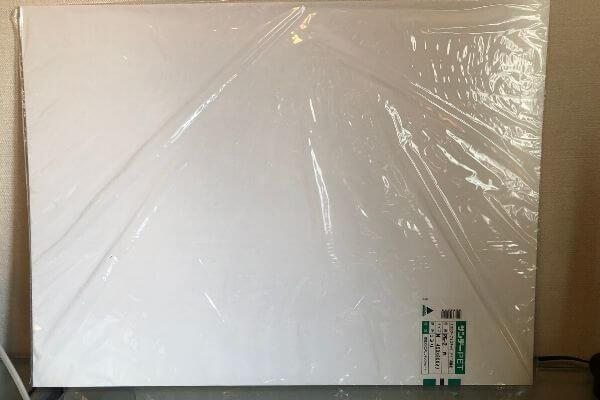 白プラスチック