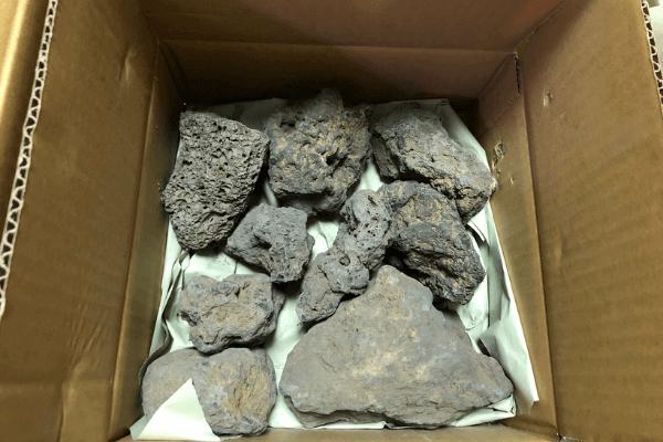 溶岩石3kg